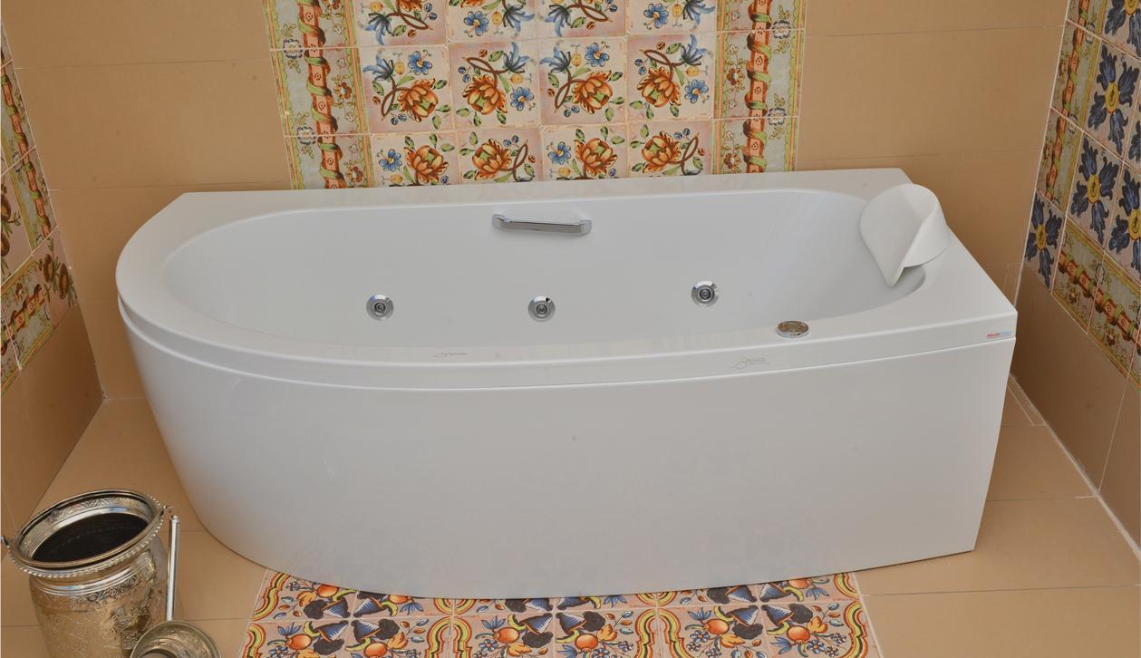 Sanitaire salle de bain tunisie 20170928071928 for Sanitaire baignoire